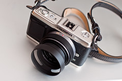 20mm f/1.7 Lumix on Olympus E-P1 photo by hhdoan