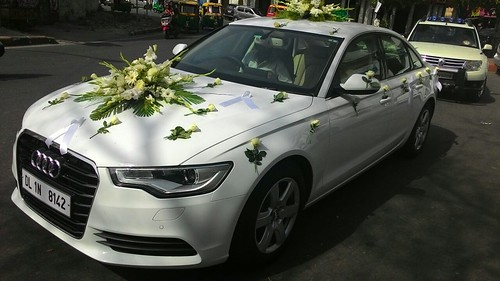 5 Mistakes To Avoid With Wedding Car Transportation Plans