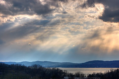 Sunshine on Hudson River (HDR) photo by Wei Zhang@Hudson