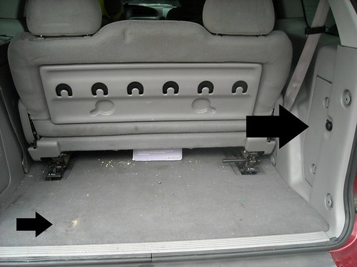 Bug Out Beetle Howto Change Tire On 2000 Ford Windstarrhbugoutbeetleblogspot: Ford Windstar Spare Tire Location At Gmaili.net