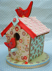 Ditsy Bird House photo by neviepiecakes