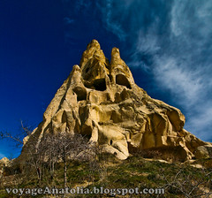 Fairy Chimneys of Cappadocia photo by voyageAnatolia.blogspot.com
