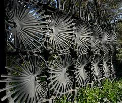 Gaudí - Parte de Una cerca , en el parc Güell photo by carme r.