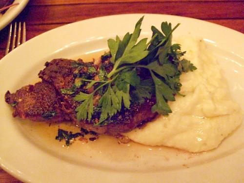 Paisano's Black Angus Steak, Anella