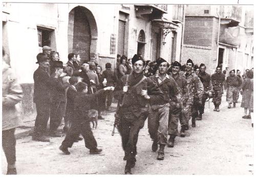 Italie- 1945- 7 mai - BM XI- Sgt Chef Perrier à  Borgo San Dalmazzo