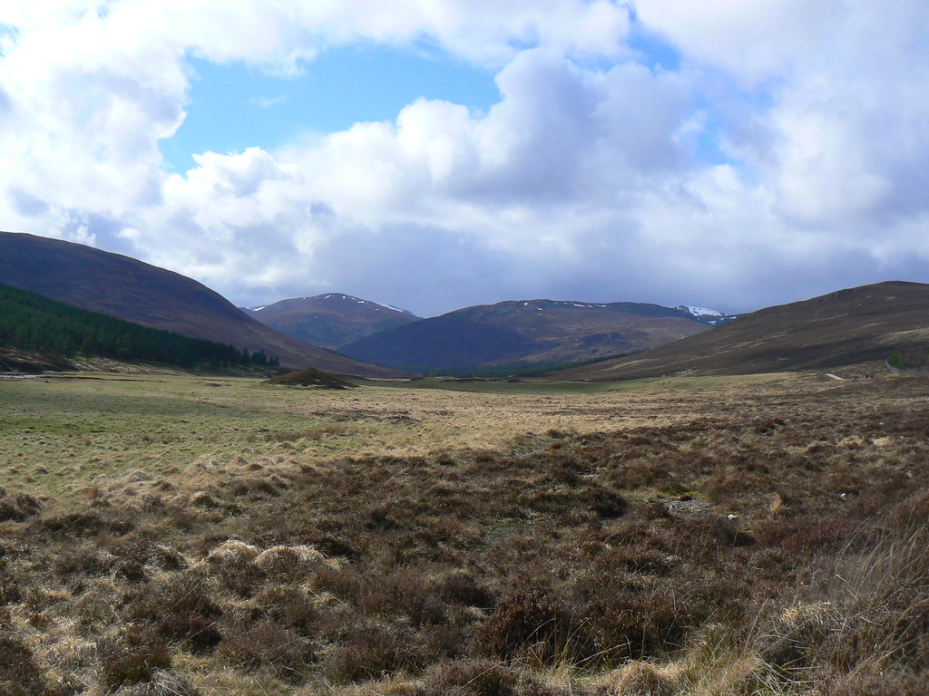 Final view down Glen Lui