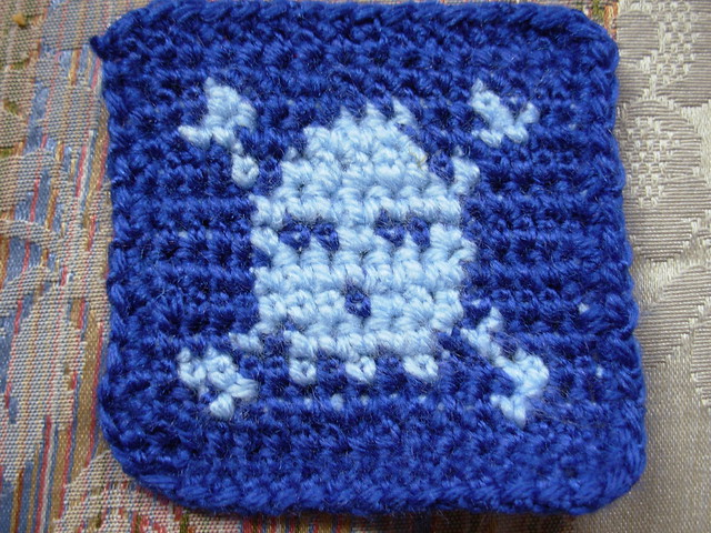 CROCHET PATTERN SKULL AND CROSS BONES E-MAILED.PDF CROSS STITCH TOO