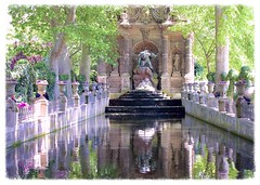Reflections at Jardin du Luxembourg photo by Seònaid