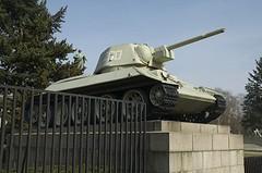 Panzer beim Sowjetischen Ehrenmal
