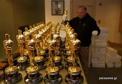 making-of-oscar-statues-10