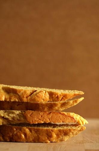 lemon truffle biscotti 012