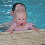 holding on during swiming<br/>25 Feb 2006