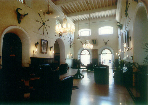Lounge at the Bangalore Club