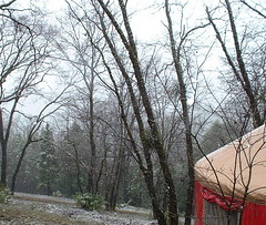 snow yurt2