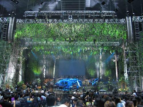David Tao stage