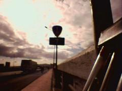 51218_57-1443-三重重新橋上北側台一甲7KM標誌