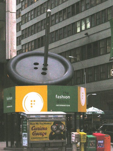 Fashion District Infobooth