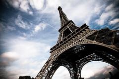 Eifel Tower photo by indefixx
