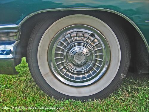 1959 Cadillac wheel