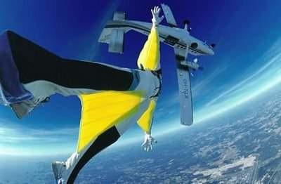 sky-diving-suite-03