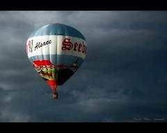 Vol en montgolfière (6) / Flight in hot-air balloon photo by Alain Cachat