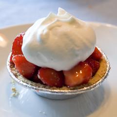 strawberry pie photo by hlkljgk