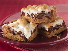 Warm Toasted Marshmallow S'more Bars photo by Betty Crocker Recipes