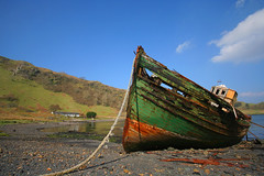 Old fishing boat wreck on Kerrera photo by Hugh Spicer / UIsdean Spicer