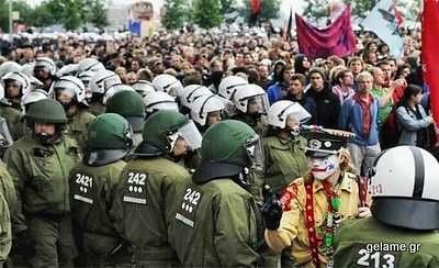 protests-around-world-05