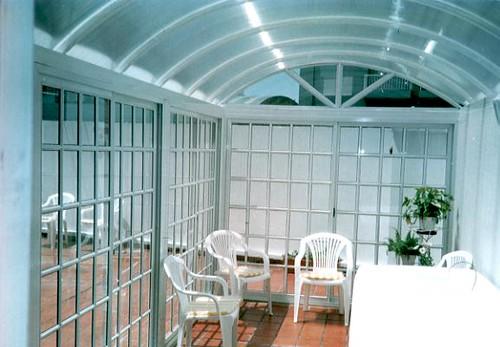 Los techos de policarbonato la soluci n ideal para for Techo policarbonato transparente