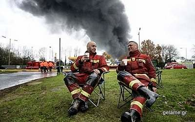 relaxing-fire-fighters-03