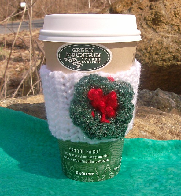 Christmas Wreath Crocheted Pin