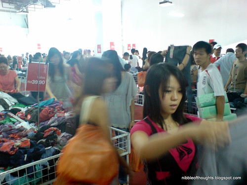Esprit Warehouse sales1