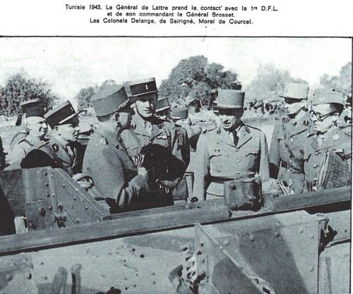 1943 -Tunisie- De lattre , Diego Brosset entre eux Gabriel Brunet de Sairigné