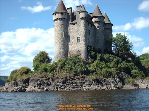 Château de Val à Lanobre (15) 4