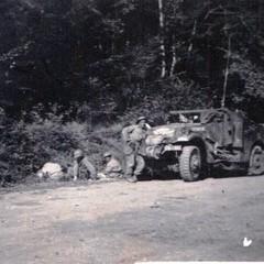 RFM- 1944- Ronchamp-2e-peloton-2e-escadron Fonds-H-Fercocq