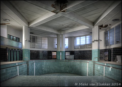 Piscine Art-Deco (B) 001 photo by MiekeakaNicky1973