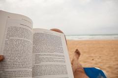 Las últimas páginas del verano... photo by miguelggm