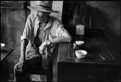 500 Tea Drinkers Part 1 Zhejiang Daoxu Village 五百茶客 浙江 道虚镇 2005-32 photo by 8hai - photography
