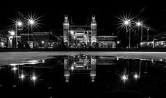 Rijksmuseum reflection @ Museumplein (30 sec) photo by PaulHoo
