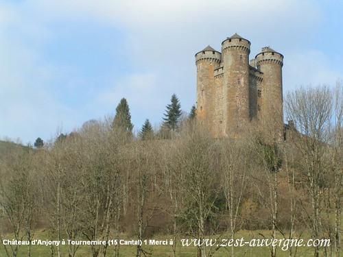 Château d'Anjony à Tournemire (15) 1 zest-auvergne