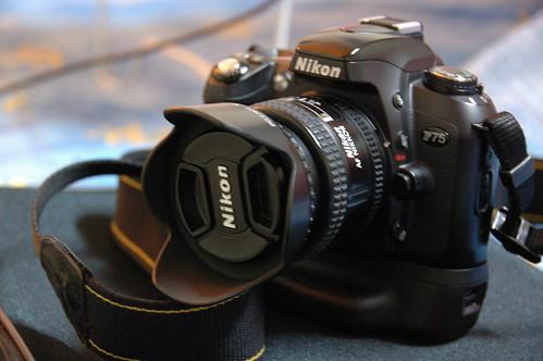 NikonF75-02