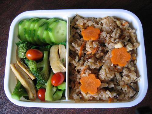 [1-tier bento with chicken & tofu rice, chicken and veggies stir-fry]