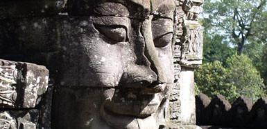 X18 Angkor Wat