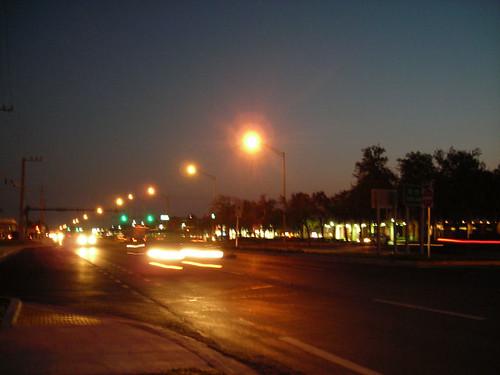 busstoppredawn