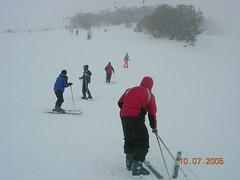 Bermain Ski Kat Ski Resort Perisher Blue, Snowy Mountains, Australia