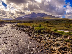 Cuillin Ridge from Sligachan photo by Bathsheba 1