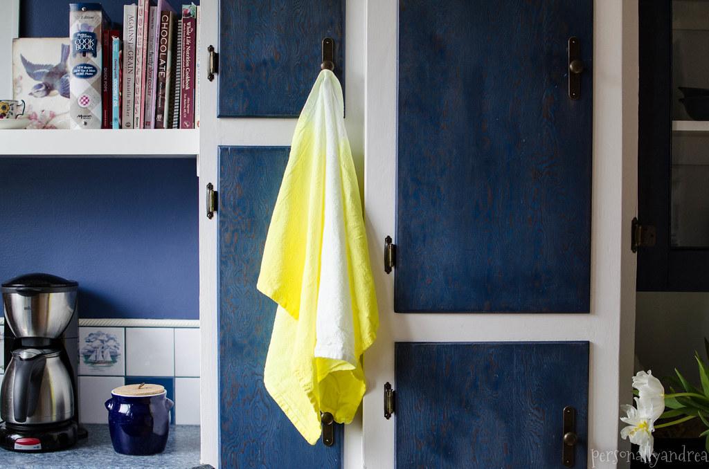 Dip Dye Ombre Tea Towel | personallyandrea.com