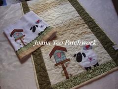 Caminho de mesa e pano de copa ovelhas photo by Joana Teo - Artesanato & Patchwork