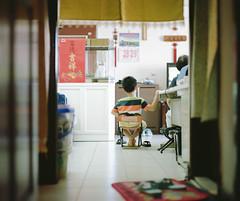 陪阿嬤一起看電視 photo by Allan_Lin